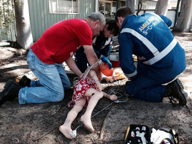 Dr Rachel managing a paediatric drowning